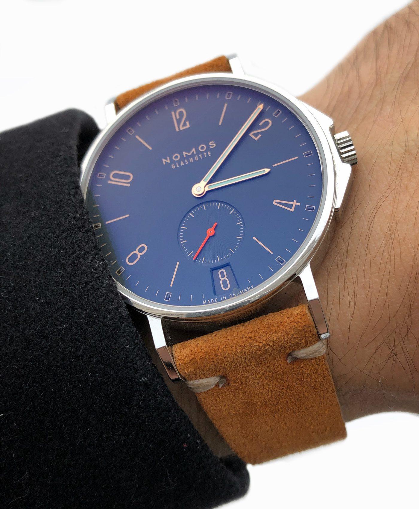 Nato_watch_suede_strap_gold_brown_watchbandit_original
