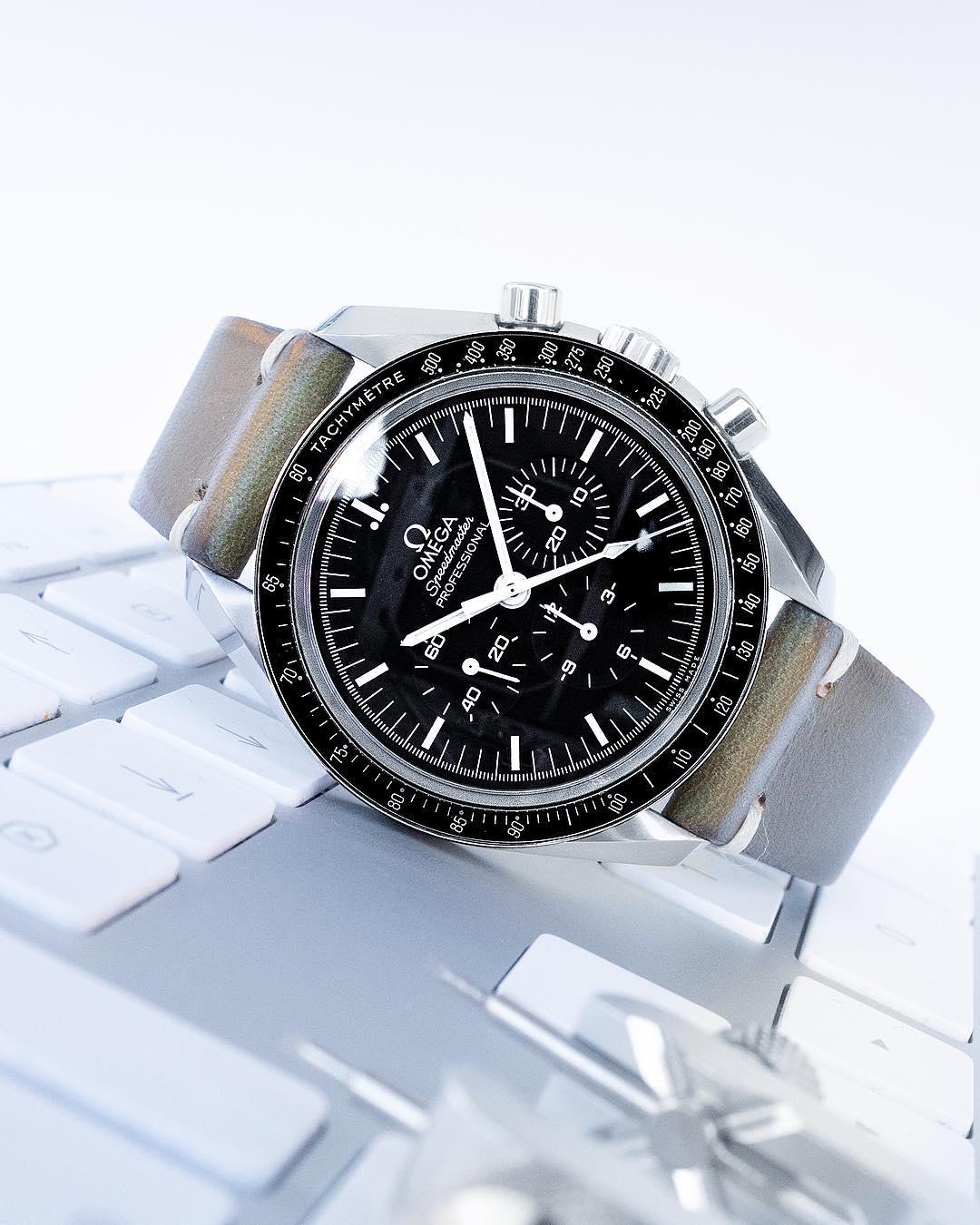 speedmaster vintage strap watchbandit by gulenissen