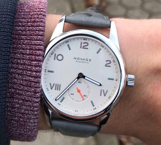 nomos_club_ostrich_wb_original_strap_wristwatches_de Kopie
