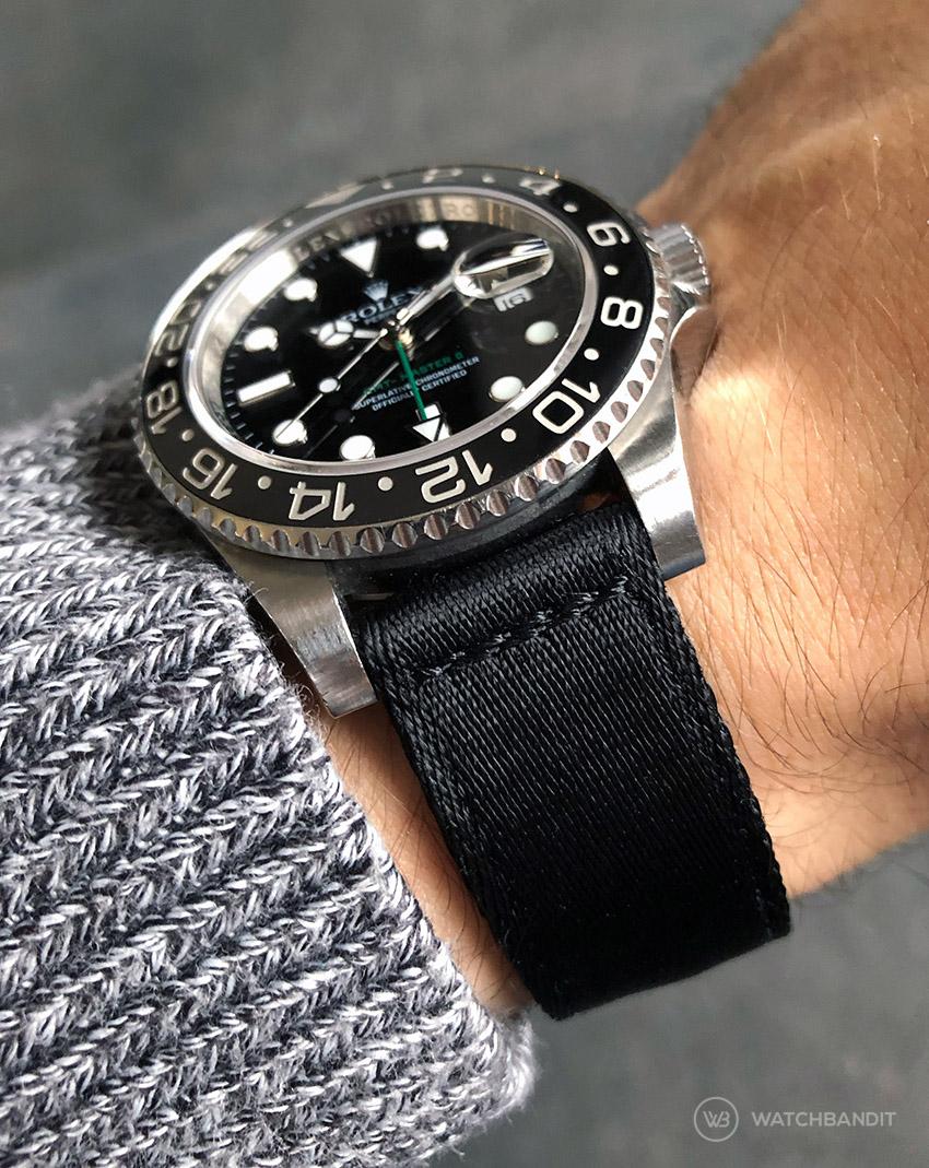 Rolex GMT Master II an zweiteiligen Nato Armband Front