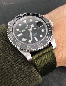 Rolex GMT Master II am olivgrünen zweiteiligen NATO Uhrenarmband von Watchbandit