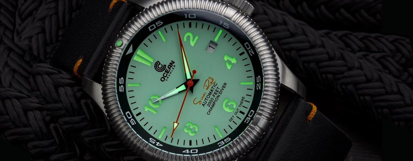 Champion_Mint_lume_shot_header_watchbandit