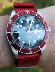 Tudor Black Bay am NATO Rot by WatchBandit