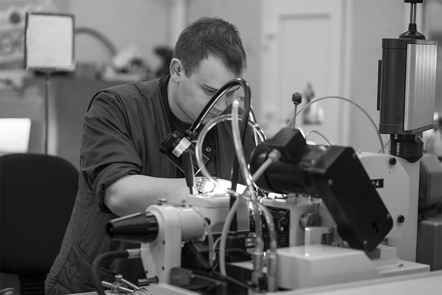 Raketa watches watchmaker at work