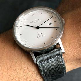 Sternglas Zirkel am grauen zweiteiligen NATO Uhrenarmband von WB Original