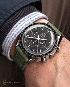 Omega Speedmaster an grünem Canvas Uhrennarmband von Watchbandit