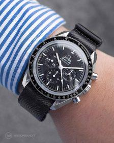 Omega Speedmaster an schwarzem NATO Uhrennarmband von Watchbandit