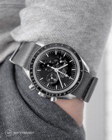 Omega Speedmaster an grauen NATO Uhrennarmband von Watchbandit