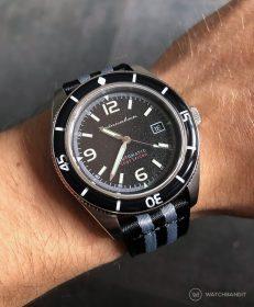 Spinnaker Fleuss SP-5055-02 am schwarz/grauen two-piece NATO von WatchBandit