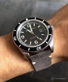 Spinnaker Fleuss SP-5055-02 dunkel graues Wildlederarmband von WatchBandit