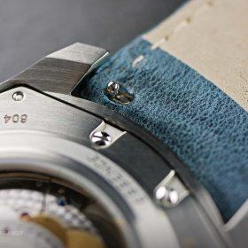 Schnellverschluss des Lederarmbands der Formex Essence Chronometer