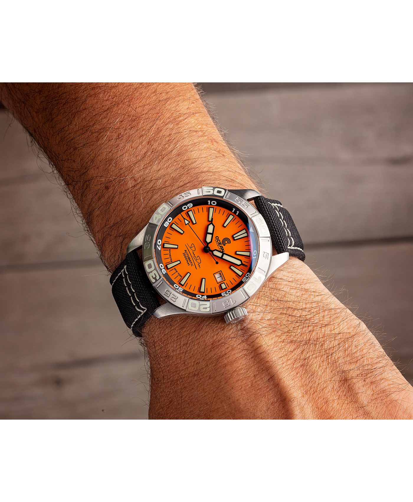 WB Ocean Crawler Dream Diver Dream Diver Orange Dial wrist