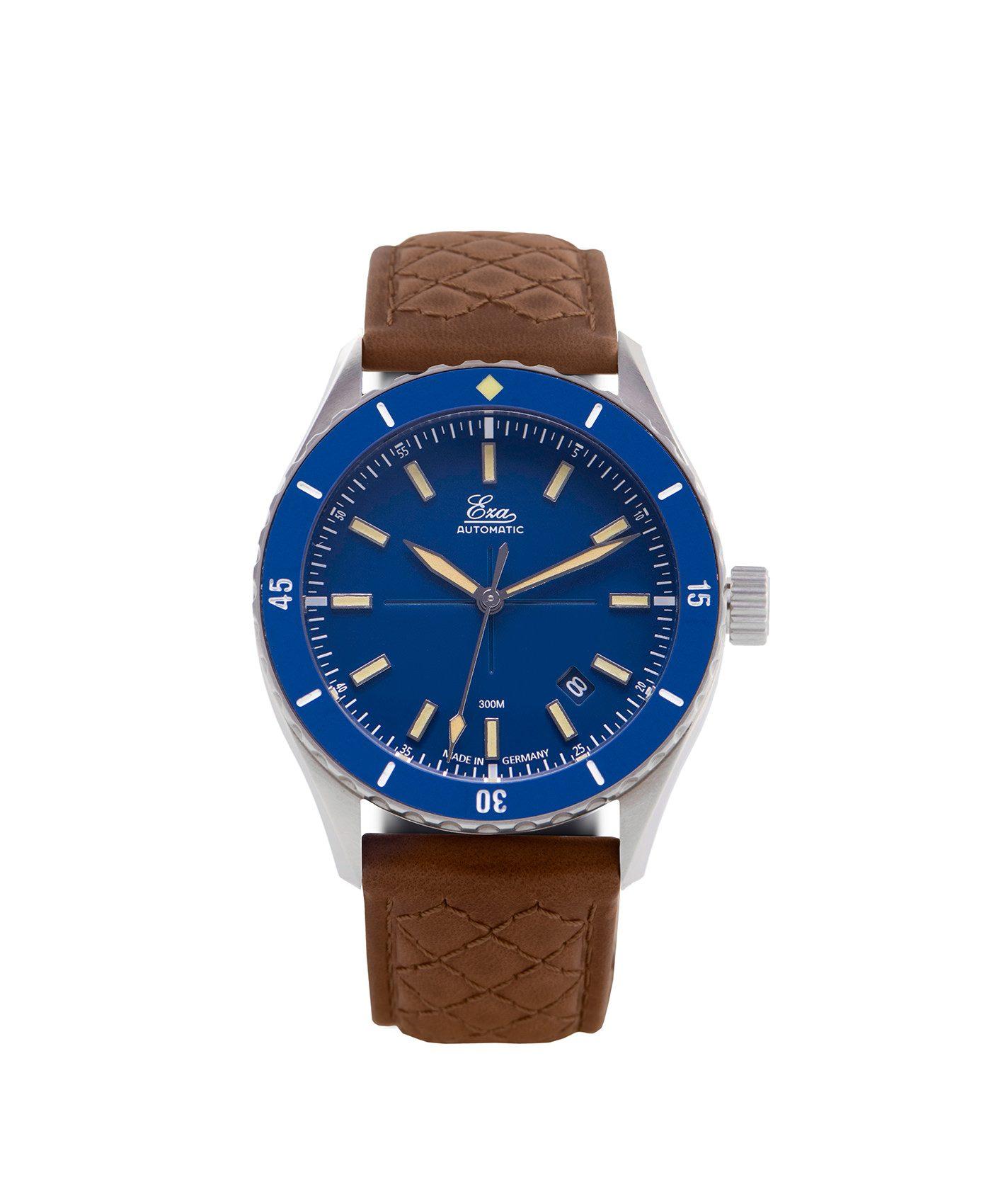 WB_Eza – Sealander –blue – Diamond Quilted Cognac_front