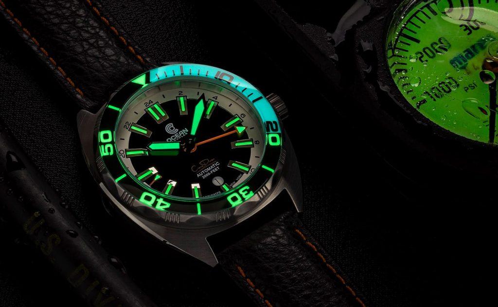 Ocean Crawler Core Diver GMT black white lume