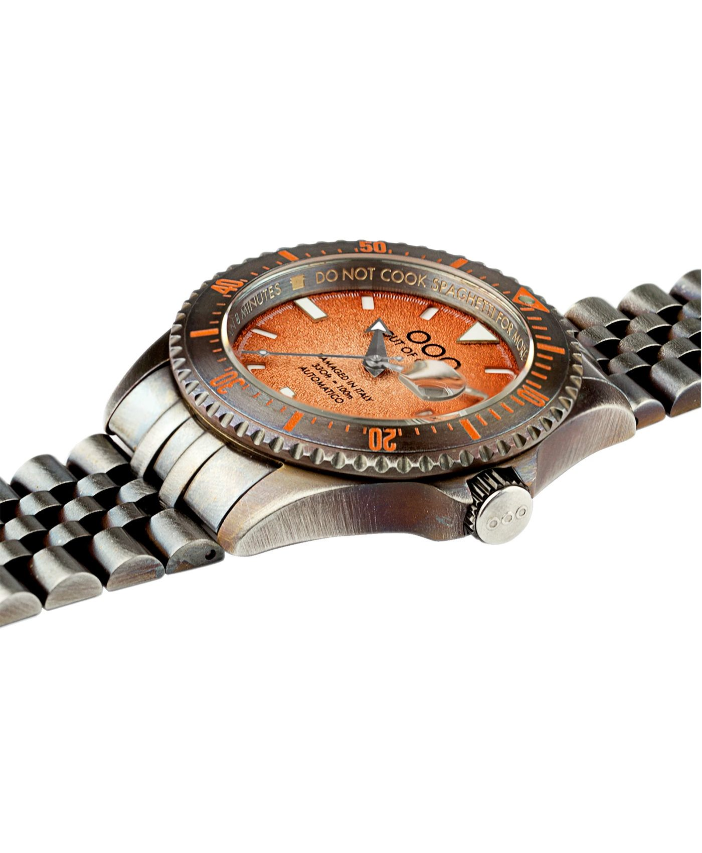 WB_Watch_Out Of Order – Orange Swiss Automatico _side