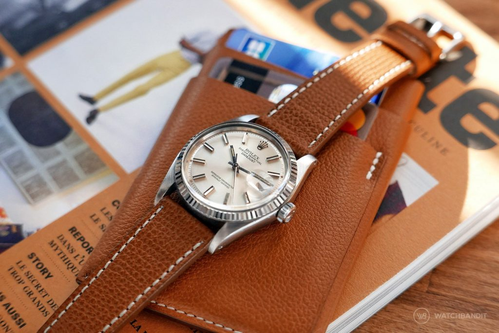 Rolex Datejust Referenz 1601 an hellbraunen strukturierten Kalbslederarmband von Watchbandit
