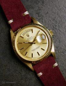 Rolex Day-Date an burgundroten Wildlederarmband von WB Original