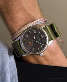 NOMOS Club Campus dunkel premium NATO uhrenarmband grün Watchbandit