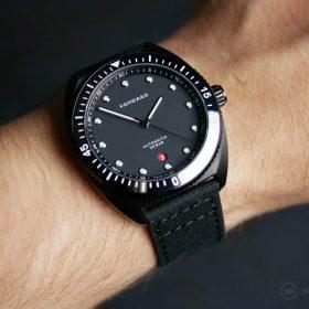 VANDAAG Tiefsee Automatik schwarz wristshot Watchbandit canvas strap