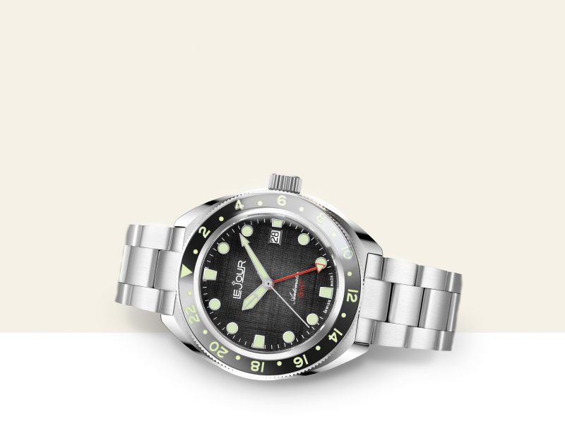 watch-box-smalll_desktop