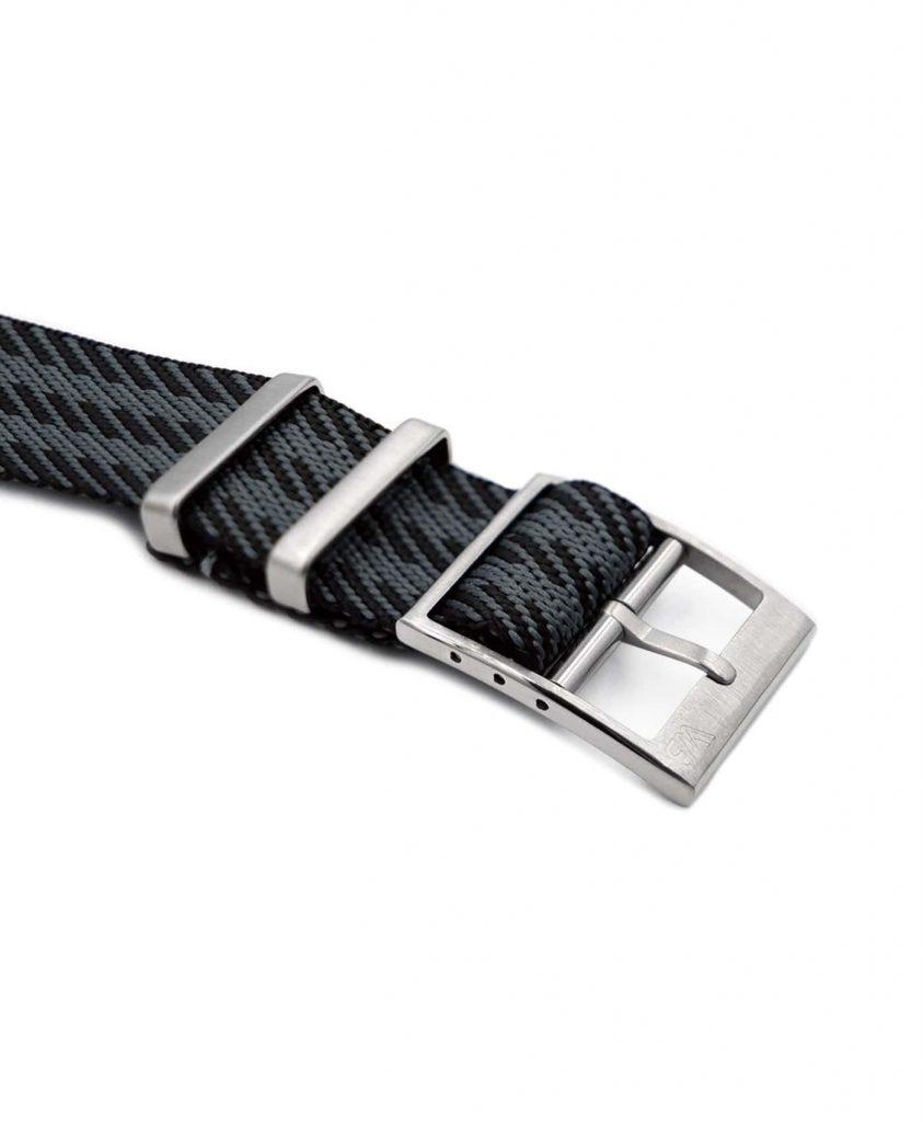Adjustable black-grey Nato-straps buckle