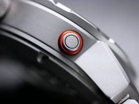 Draken Bengula Watch - Helium escape valve