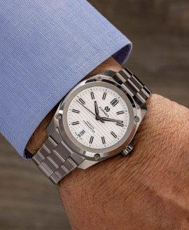 Formex - Essence ThirtyNine - Automatic Chronometer White wrist shot