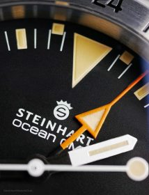 Steinhart Ocean Vintage GMT Makro Zifferblatt orangener Zeiger