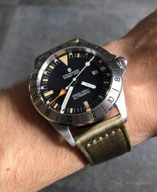 Steinhart Ocean Vintage GMT Strap guide beige zweiteiliges NATO-min