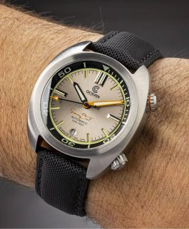 Ocean Crawler Great Lakes Diver Copper V2 wrist shot